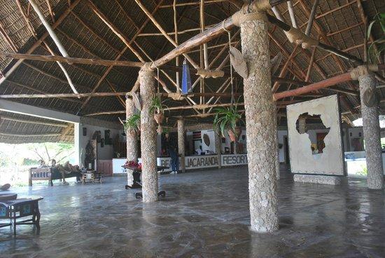Jacaranda Beach Resort:                   caratteristica struttura