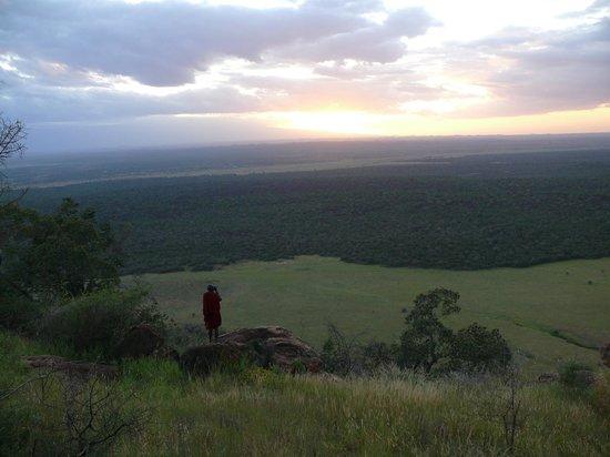 Campi ya Kanzi:                   Masai of Campi Ya Canzi on Cuyhu hills