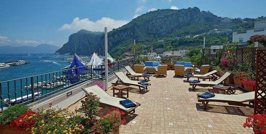 Hotel Relais Maresca: Solarium