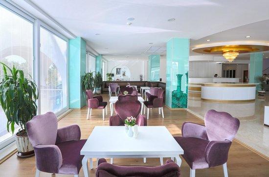 Hotel Sultasa:                   lobi nin bir bölümü