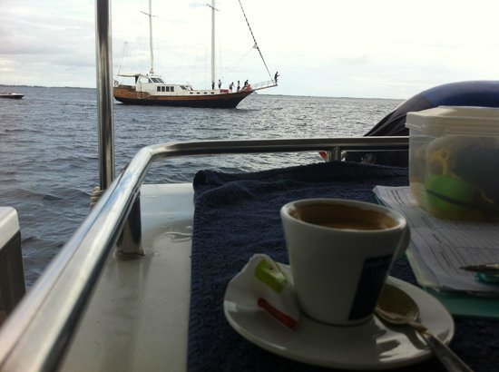 Shangri-La's Villingili Resort and Spa Maldives:                   Coffee