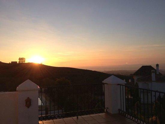 Casa Suenos Luxe Bed & Breakfast:                   Zonsopkomst...