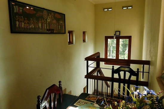 NO: 26 D Guesthouse :                   Stairs from the upper floor