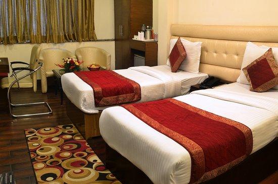 Hotel Rupam: Executive Twin Room