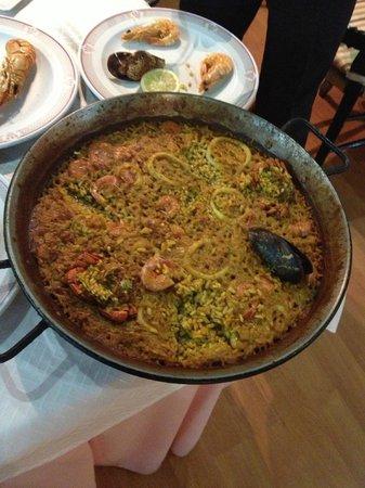 Paella marisco foto di restaurante casa de valencia madrid tripadvisor - Restaurante casa de valencia ...