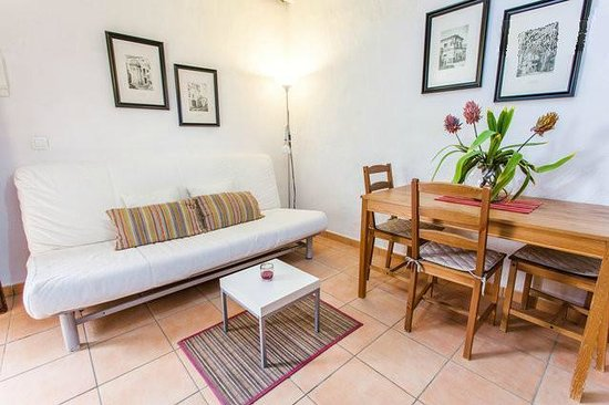 Apartamentos El Patio Andaluz: Livingroom Apartamento Patio Andaluz II