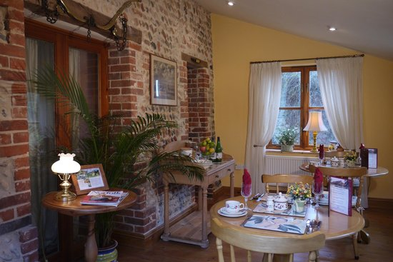 Rookery Barn: The dining room.