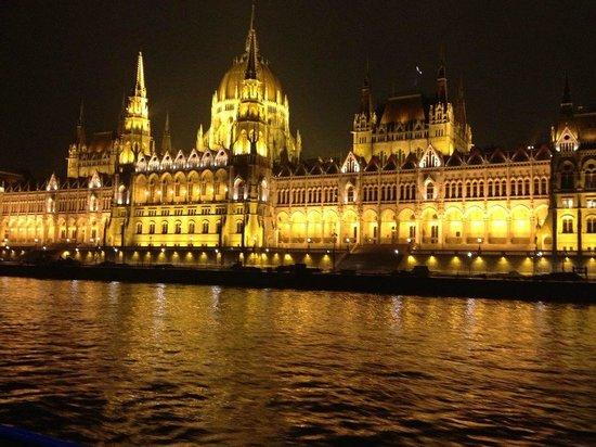 Corinthia Hotel Budapest:                                     Parliament