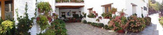 Hotel Estrella de las Nieves: Entrada hotel