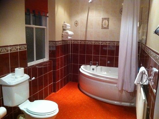 Hundith Hill Hotel:                   ensuite