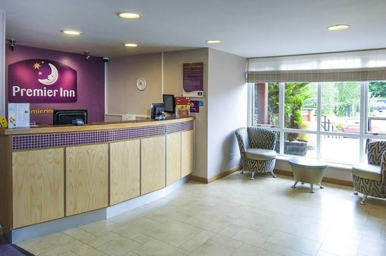 ‪‪Premier Inn Oxford Hotel‬: Premier Inn Reception‬