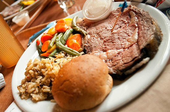 hall - Picture of Wylie's Canteen at Lake Lodge, Yellowstone National Park  - Tripadvisor