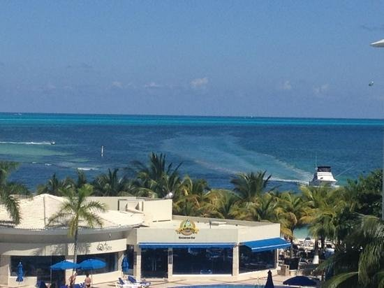 Occidental Costa Cancun:                   view from 535