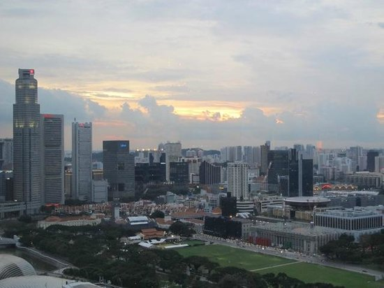 Pan Pacific Singapore:                   Sunset view from the Club