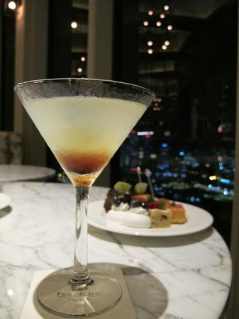Pan Pacific Singapore:                   Tasty drinks