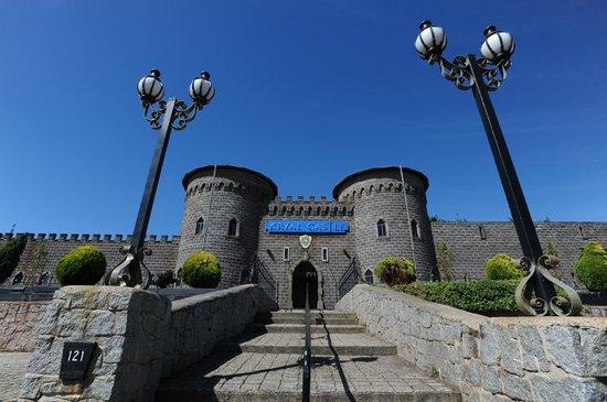 Kryal Castle Suites