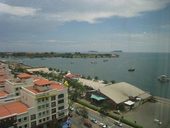 Le Meridien Kota Kinabalu:                   Aussicht aus dem Zimmer