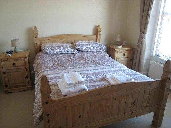 Taldrwst Bed & Breakfast:                   Our comfortable bedroom