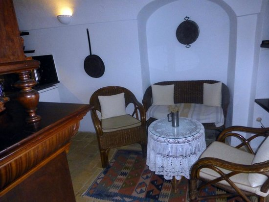 Alexander's Boutique Hotel of Oia:                   Emerald Room