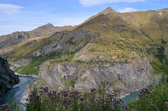 Southern Explorer 4WD Scenic Tours - Private Day Tours :                   Skippers Canyon