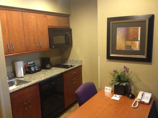 Homewood Suites Fort Smith:                   kitchen