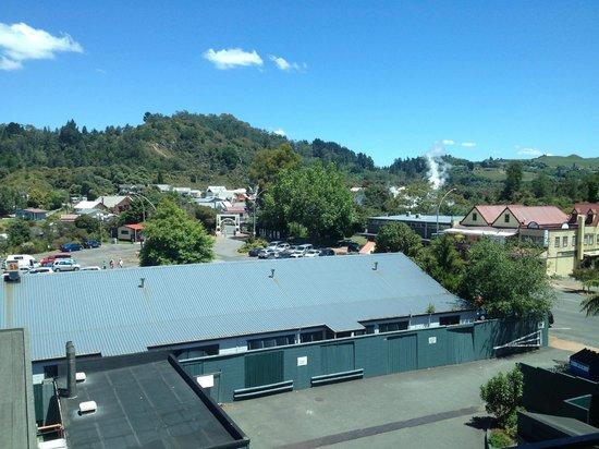 ฮอลิเดย์อินน์ โรโตรัว:                   View from our room