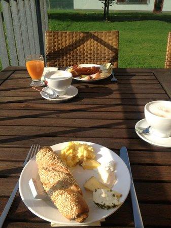 Fairmotel Betriebs:                   Das Frühstück (eine kleine Auswahl davon :)
