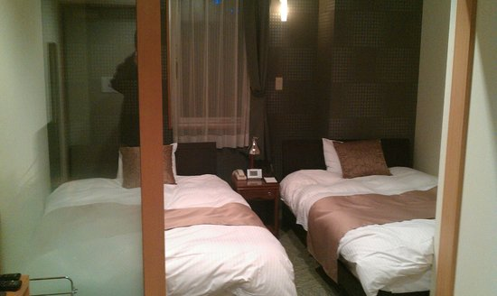 Auberge Dogo:                   ベッドはシモンズ製