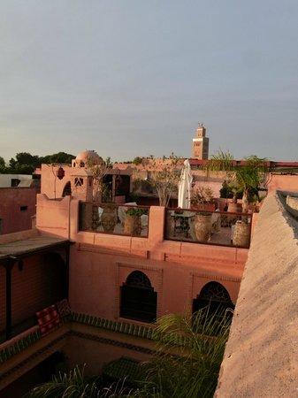 Riad BB Marrakech:                   Uitzicht vanaf het dakterras