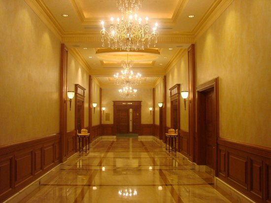 The Empire Hotel & Country Club:                   hall                 