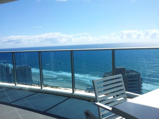 Hilton Surfers Paradise Hotel:                   Large ocean facing balcony