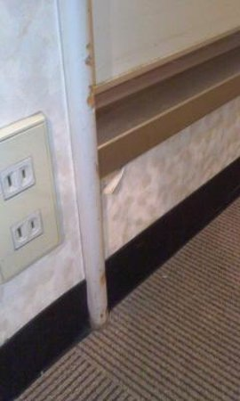 Hotel Abest Meguro:                   汚いまま放置。