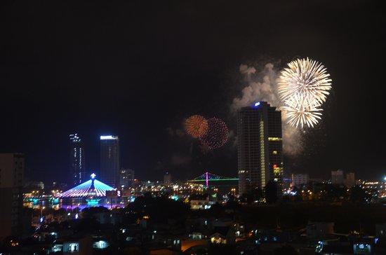 Sky Bar Danang:                   Silvester 3