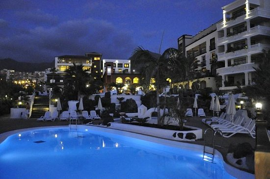 Gran Tacande Wellness & Relax Costa Adeje:                                     Pool Area