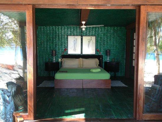 Mangenguey Island:                   azure room