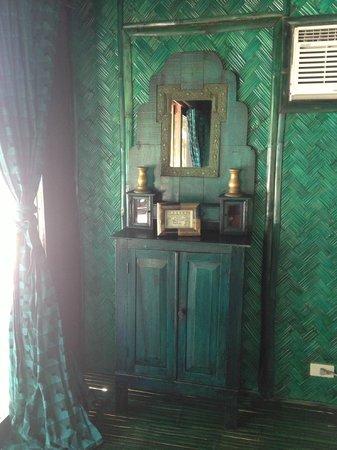 Mangenguey Island:                   antique dresser