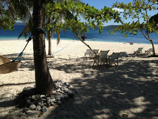 Mangenguey Island:                   view from our room