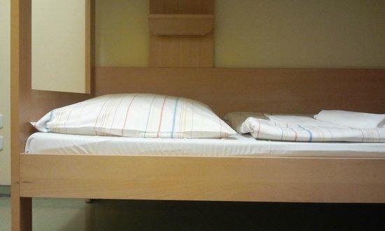 Jugendherberge Warnemuende:                                     Doppelstockbett