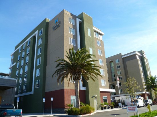 HYATT House San Jose/Silicon Valley:                                     the outside of the hotel