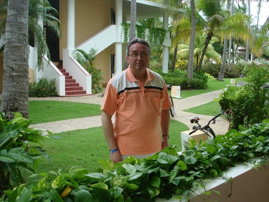 Bavaro Princess All Suites Resort, Spa & Casino:                   la habitacion por fuera