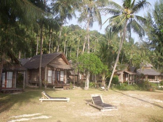 CoCo Cottage Koh Ngai:                   Cottages