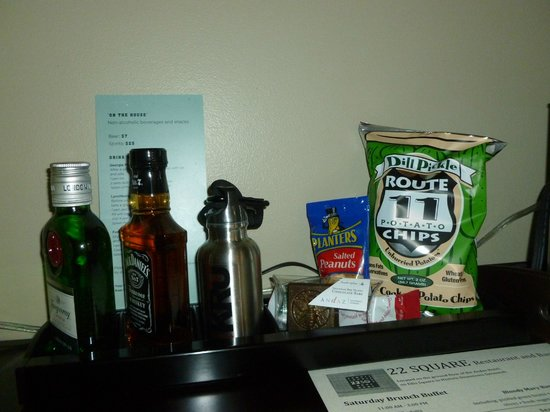 Andaz Savannah:                   Mini Bar Snacks