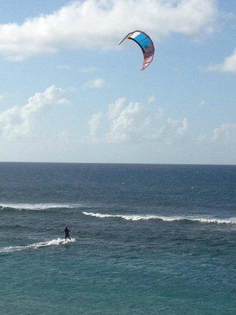 Villa Tropical Oceanfront Apartments on Shacks Beach: Kite Boarding best in Jan/Feb