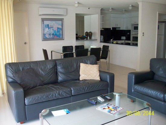 Victoria Square Apartments :                   2 bedroom apartment,lounge area