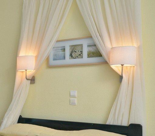 Hotel Dilino & Studios: Bedroom!