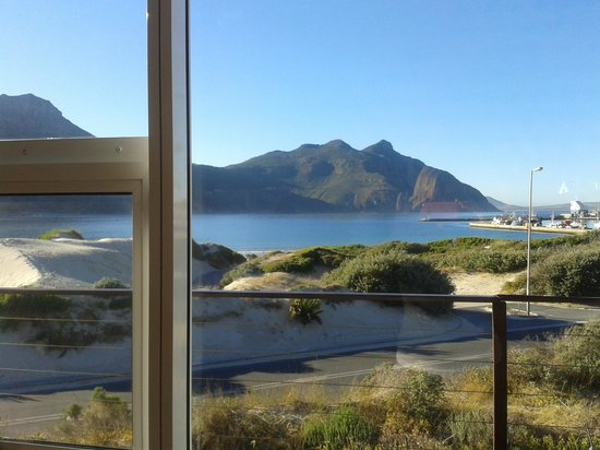 Hout Bay Backpackers:                   porch view