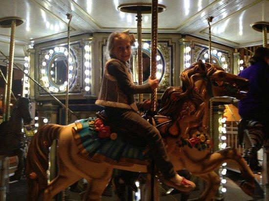 Quality Inn & Suites Seabrook Nasa Kemah:                   Carousel at Kemah Boardwalk