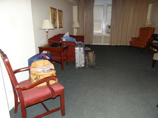 Salisbury Hotel:                   Sala