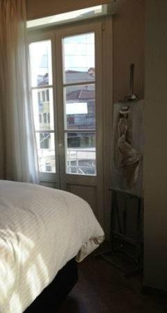 Hotel Metropolis:                   View to Averof str