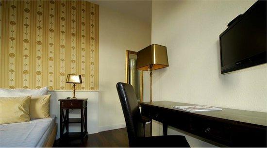 hotel domspitzen ab 81 1 1 5 bewertungen fotos preisvergleich k ln tripadvisor. Black Bedroom Furniture Sets. Home Design Ideas